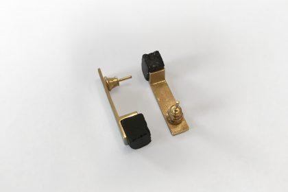 biżuteria z węgla, biżuteria z węgla i srebra, śląska biżuteria, biżuteria z kamienia, gadżet śląski, upominek ze śląska, prezent z Katowic, pamiątka ze śląska, unikatowy prezent ze śląska, oryginalny upominek, oryginalna biżuteria, biżuteria w prezencie, nietypowa biżuteria, węgiel, jewelery from coal, coal jewellery, kolczyki z węgla, pozłacane kolczyki, złote kolczyki
